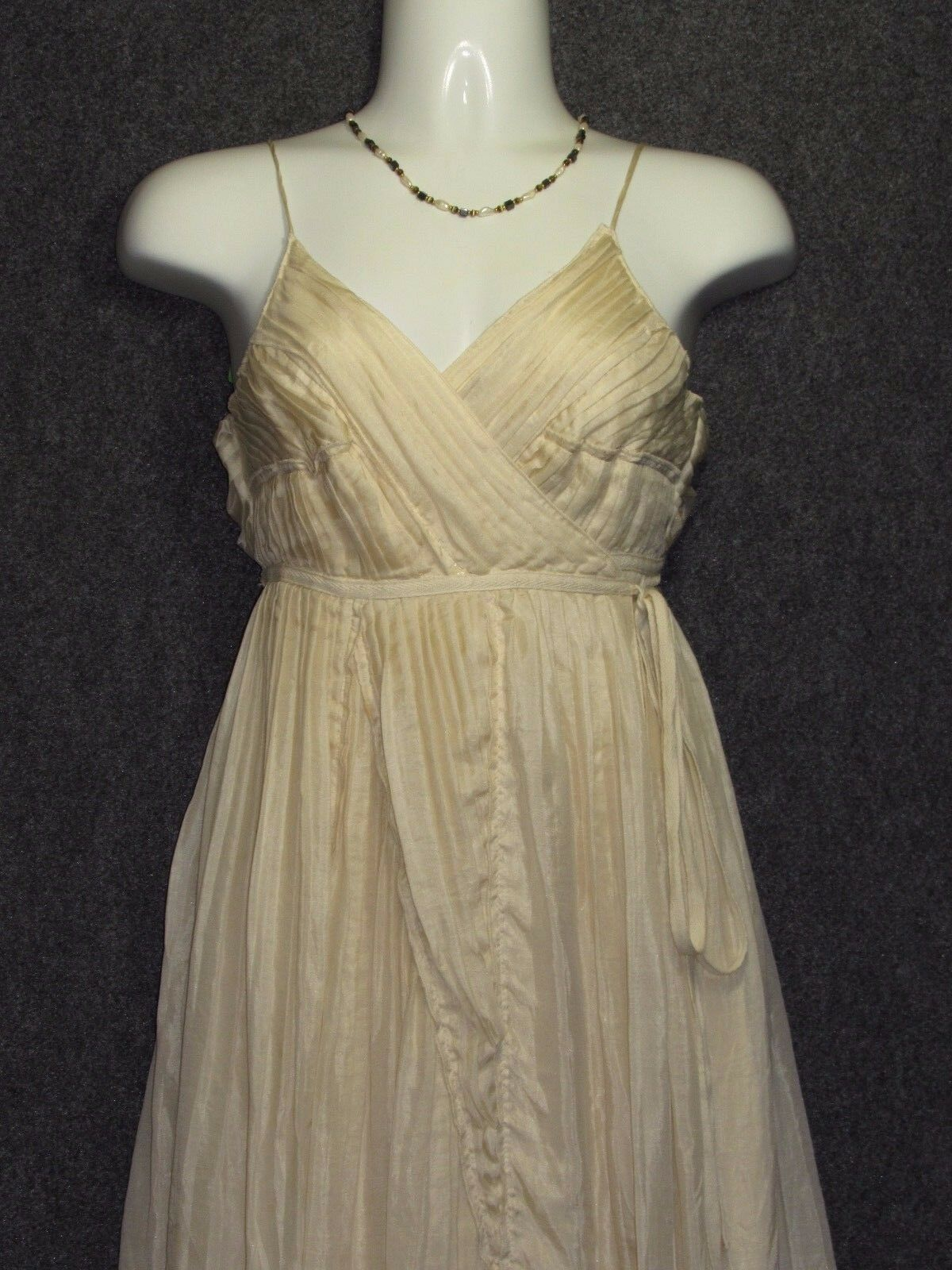 DIANE VON VON VON FURSTENBERG FONTANNE Beige Silk Pleated Wrap DRESS SZ 6 NEW 8780ef
