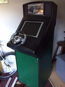 UPRIGHT-ARCADE-MACHINE-CABINET