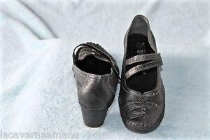 adorables-escarpins-sandales-en-cuir-gris-ART-pointure-38-excellent-etat