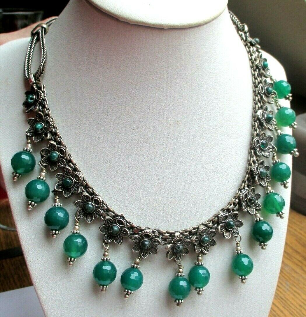 Maravilloso Antiguo Collar color silver Cuentas Cristal Adornos green