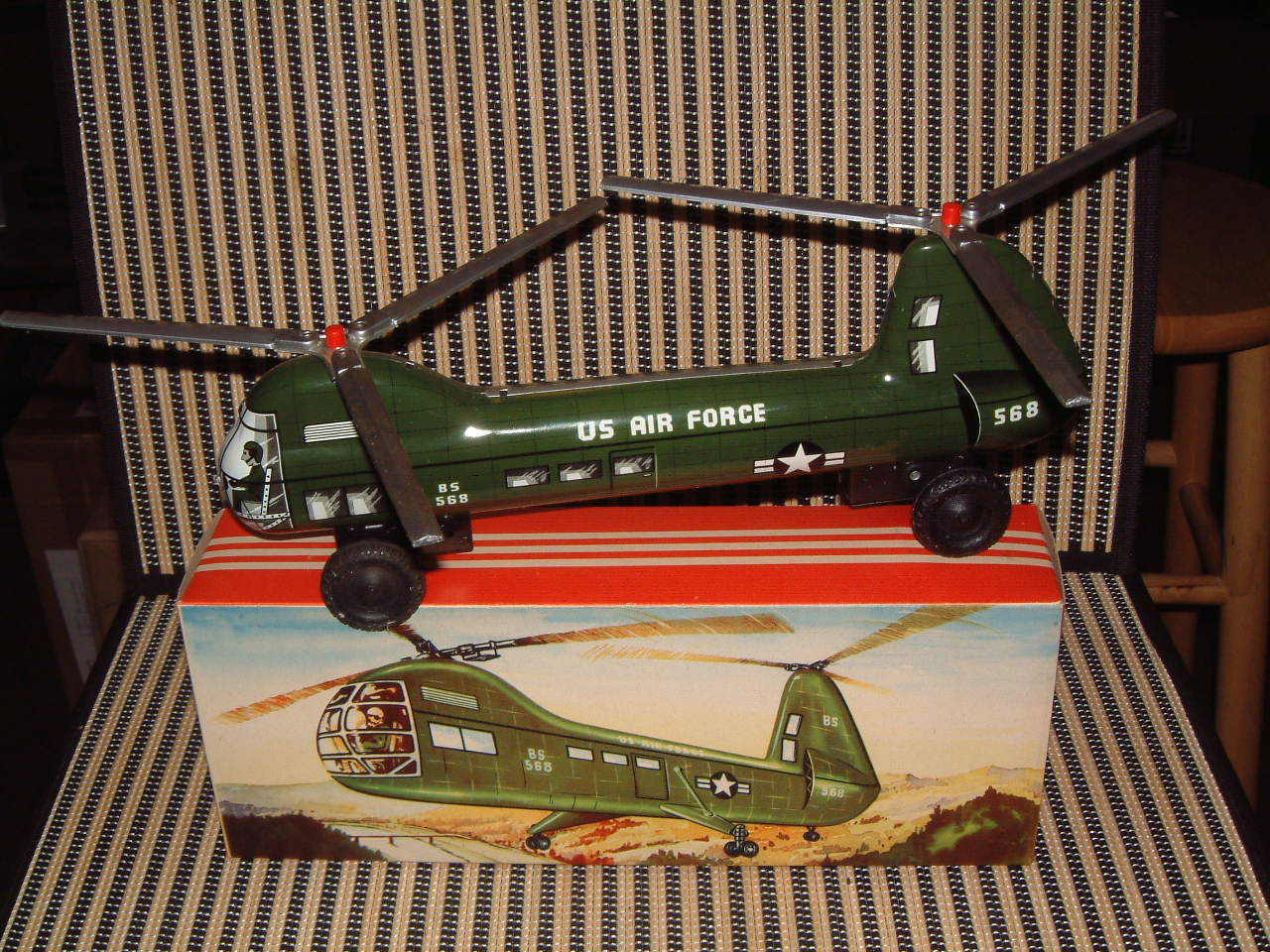 NOS LARGE TIN, DUAL FRICTION DRIVEN,  B&S (W. GERMAN) NAVY DUAL redO HELICOPTER