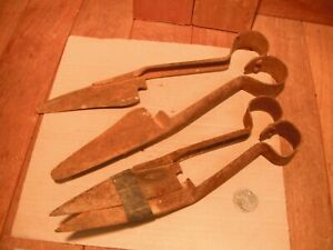 2-old-Vintage-Sheep-hand-shears-GENUINE-collectible-farm-Gear