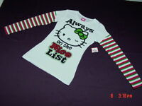 NWT NWOT Junior Womens Hello Kitty Christmas Holiday Theme Shirt Top Glitter