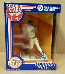1994 JUAN GONZALEZ LIMITED ED FIGURE STADIUM STARS STARTING LINEUP (UNOPENED)
