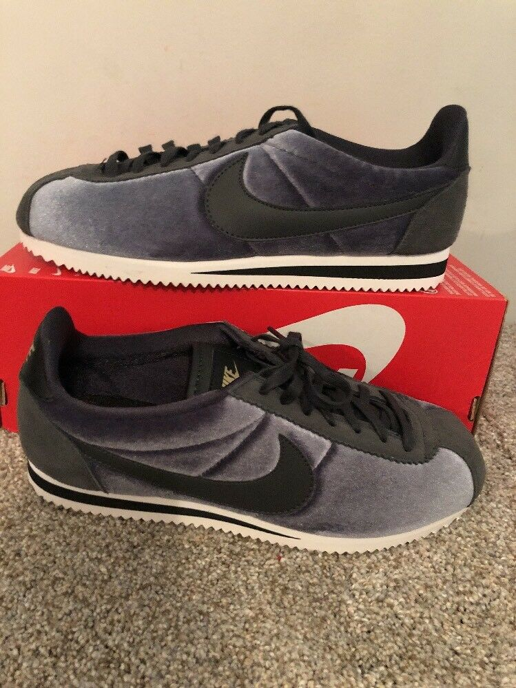 Womens Nike Cassic Cortez Se 902856-012 Anthracite Brand New Size 11