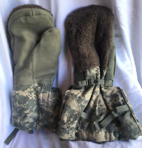 Military Issue Digi Camo Arctic Mitten Extreme Cold Weather w/Liner MEDIUM