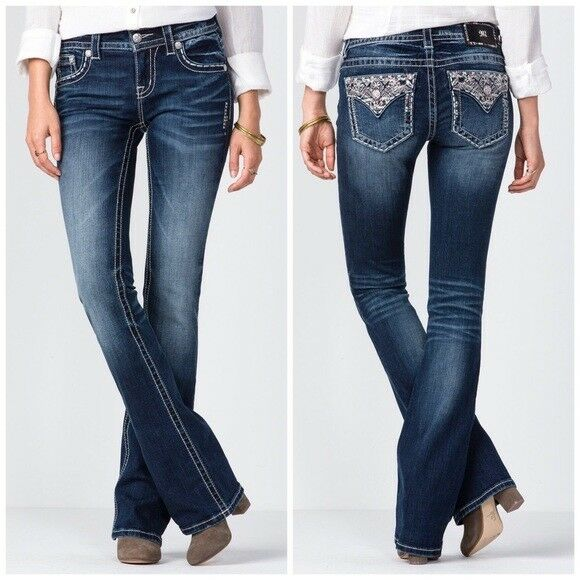 New Miss Me Dreams Worthy Mid-Rise Boot cut Jeans (Size 29)