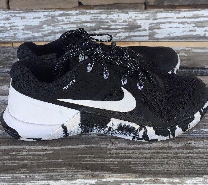 NIKE Metcon 2 Flywire Men's Sz 8 Training Athletic shoes Camo Black & White EUC