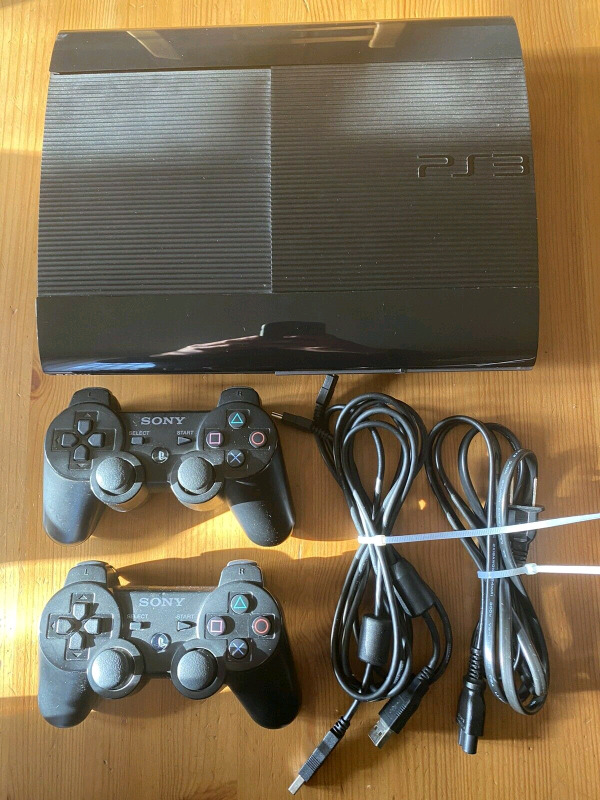 Sony ps3 12gb super slim with one controller