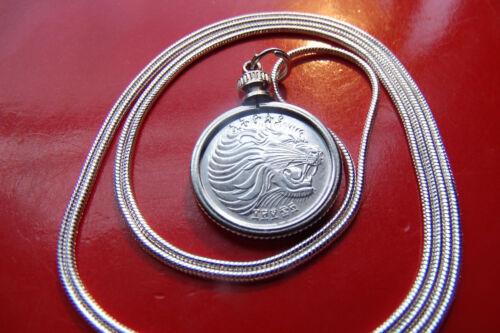 "Roaring African Lion Bezel Pendant on a 30/"" 925 Sterling Silver Snake Chain"