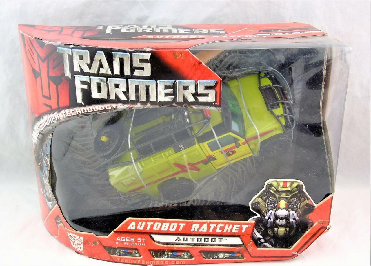 Transformers 2007 Movie Voyager Class 2 Ratchet MISB  2 Class cfd2b2