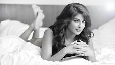 Priyanka Chopra Hot Glossy Photo No12