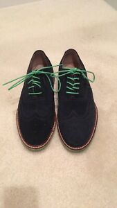 Men's blue suede Banana Republic wing tip shoes size 8