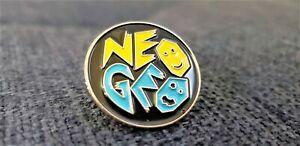 Neo-Geo-SNK-Metal-Pin-Lapel-Pinback-Enamel-Promo-Hat-AES-MVS-Arcade-Cab-USA
