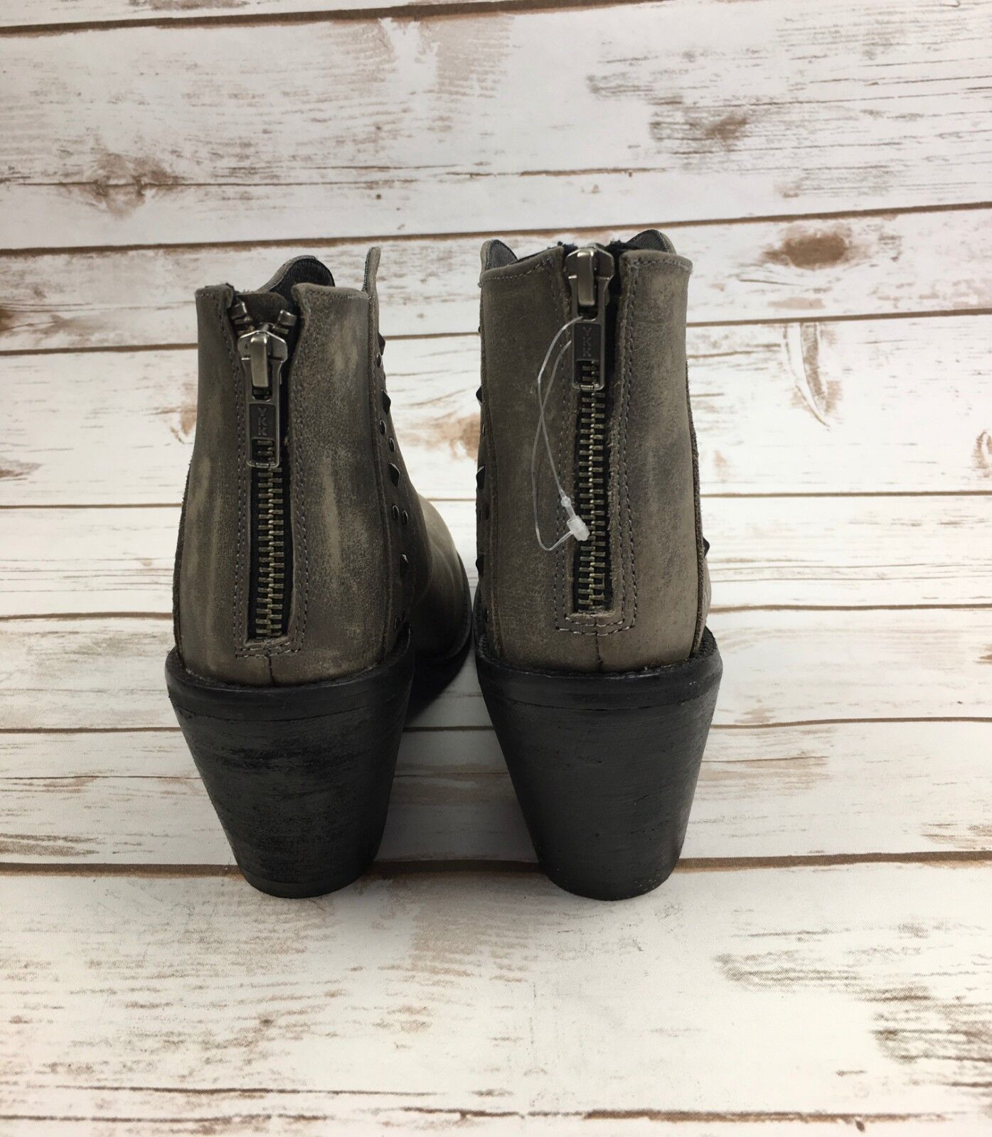 Dan Post Post Post Dingo Boots Dove Heeled Studded Western Ankle Booties Grey Leather 8 b67706