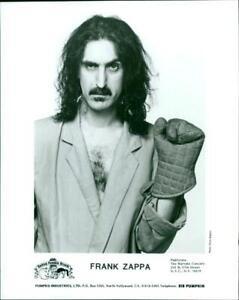 Frank-Zappa-Vintage-photograph-3530724