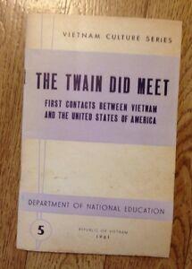 Vietnam-Culture-Series-The-Twain-Did-Meet-By-Thai-Van-Kiem-1961-Pamphlet-Maps