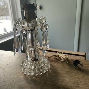 SMALL VINTAGE CUT CRYSTAL GLASS LAMP WITH PRISMS NEED REPAIR REWIRE