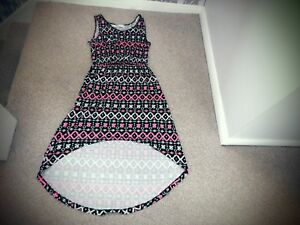 BLACK-PINK-WHITE-AZTEC-PRINT-DRESS-SIZE-8-HOLIDAY-SUN-DRESS-LONG-AT-BACK-DRESS