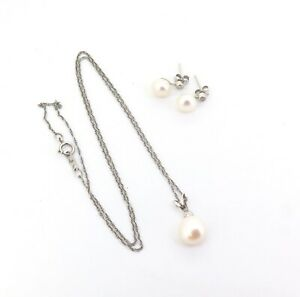 Sterling-Silver-amp-Pearl-Pendant-with-Matching-Earrings-Sparkling-CZ-Length-45cm