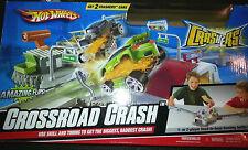 2008 Hot Wheels Crashers Crossroad Crash w/ 2 cars