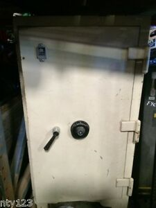 Details about Antique Safe - Victor Safe Co