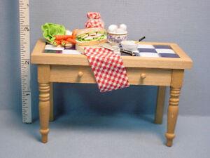 Porcelain Tile Work Table Sandwich Time #1.762/2 Dollhouse Miniatures