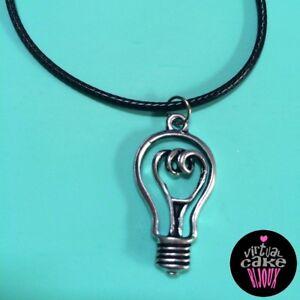 GIROCOLLO-LAMPADINA-ciondolo-collane-accessori-bigiotteria-bijoux-handmade