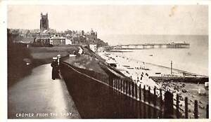 England-Cromer-from-the-East-Pier-Seaside-Beach
