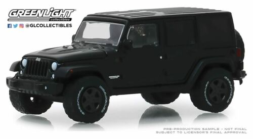 A.s.s nuevo GreenLight 1//64 Jeep Wrangler Unlimited 2017 Black Bandit series 22