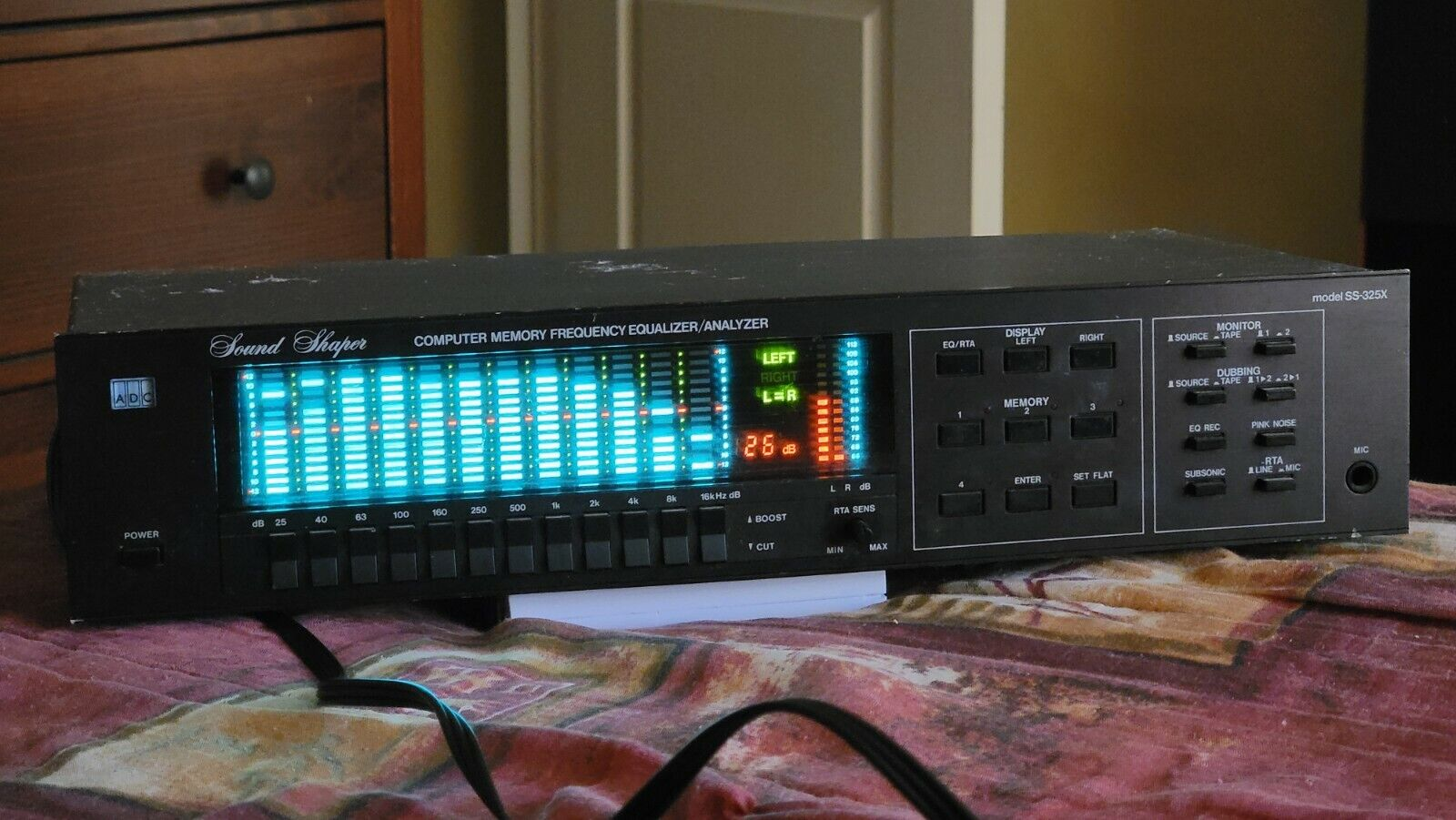 VINTAGE ADC SS-325X SOUND SHAPER COMPUTER MEMORY Equalizer Spectrum Analyzer. Buy it now for 339.00