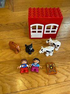 lego duplo walls red white with window door cow cat