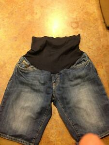 MAVI MATERNITY sz M Denim Jean SHORTS SHORT JEANS $125 Pea In The Pod
