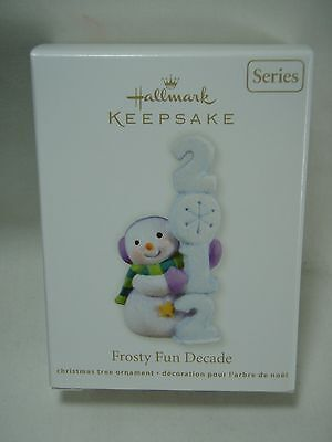 2012 Hallmark Keepsake Ornament Frosty Fun Decade #3 in Series B31