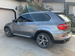 2012 BMW X5 5.0i Midsize luxury AWD crossover