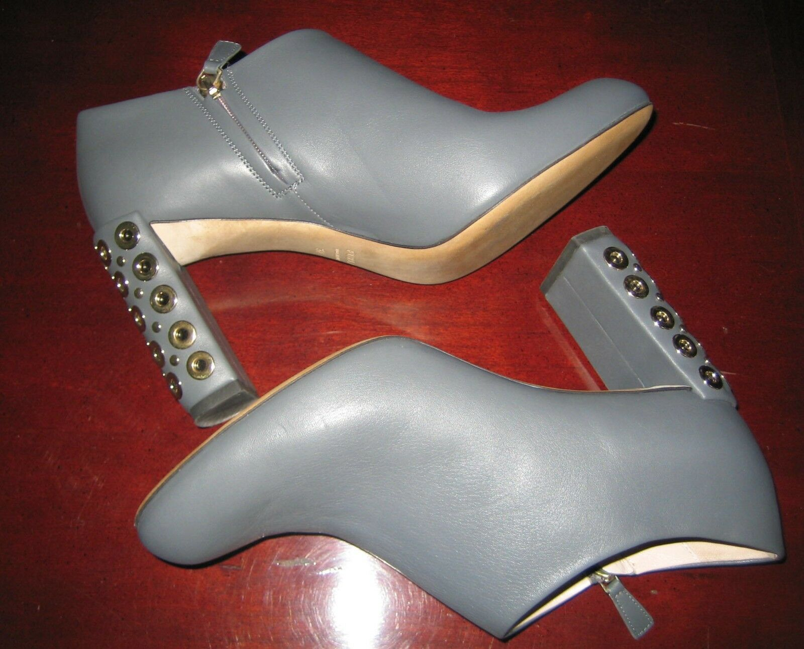 $475 FURLA LEATHER ANKLE BOOTIES LARA IN GRAY STUDDED HEEL 38 7.5 ITALY SOLD OUT