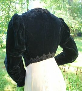 1900-INKY-BLACK-SILK-VELVET-CROPPED-BOLERO-STYLE-TOP-PUFF-ARTIST-SLEEVES-amp-LACE