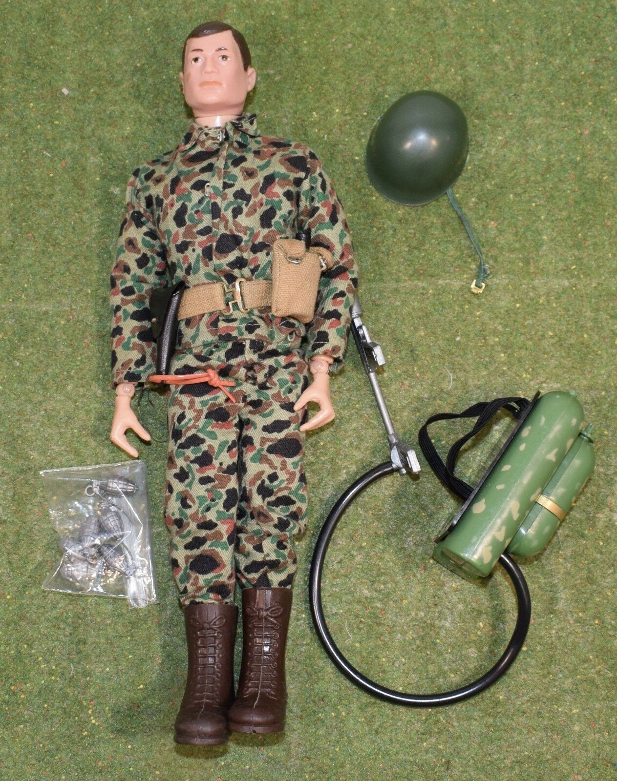 ORIGINAL VINTAGE ACTION MAN LOOSE LOOSE LOOSE - ACTION SOLDIER with FLAMETHROWER - 185 473f0f