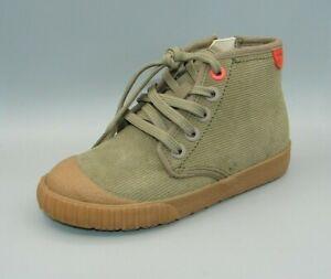 esclavo celebrar Fecha roja  BNIB Clark's Boys CYRUS RIDE Khaki Suede Boots size UK 11 G | eBay