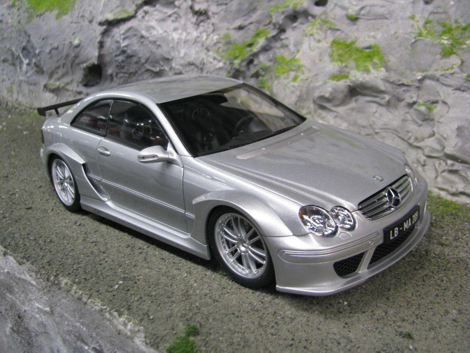 Kyosho MercedesBenz CLK DTM AMG Coupé 1 18 argento MBC