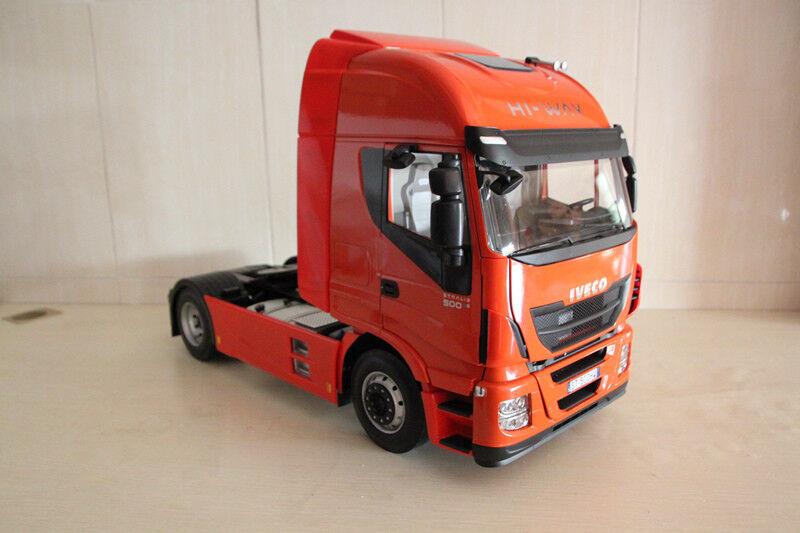 Dinamo Iveco rara escala 1 12 camión Hi-Way incluye un control remoto por Hachette
