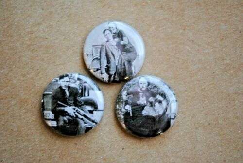Bonnie Parker and Clyde Barrow Texas Outlaws Buttons Pin pinback pics picture