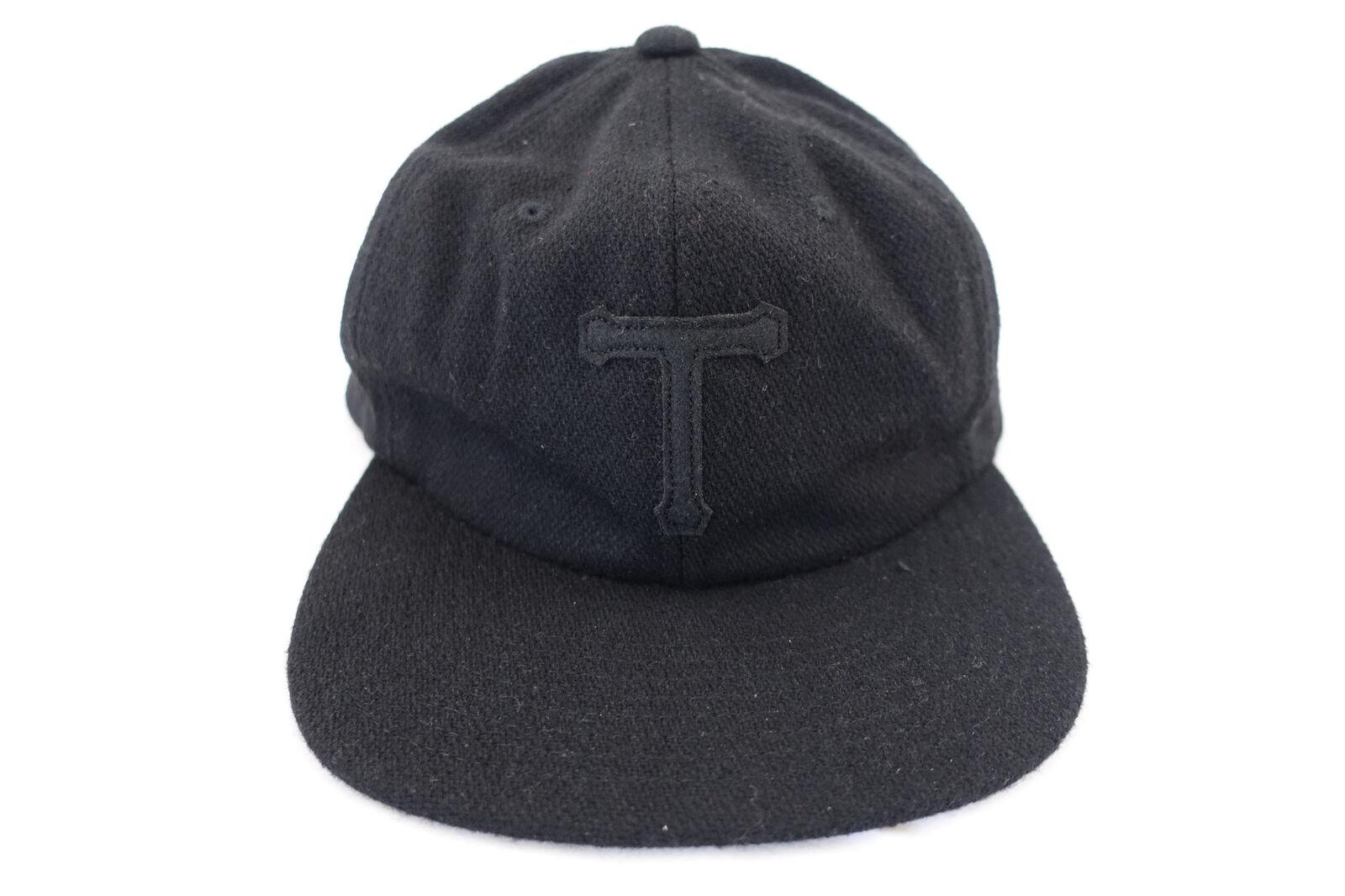 Tavik T-Shirt Schwarz Wollmischung Band Back Baseball Kappe Einstellbar Herren