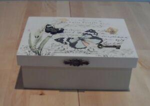 Butterfly-Trinket-Jewellery-Box-by-Leonardo-Gift