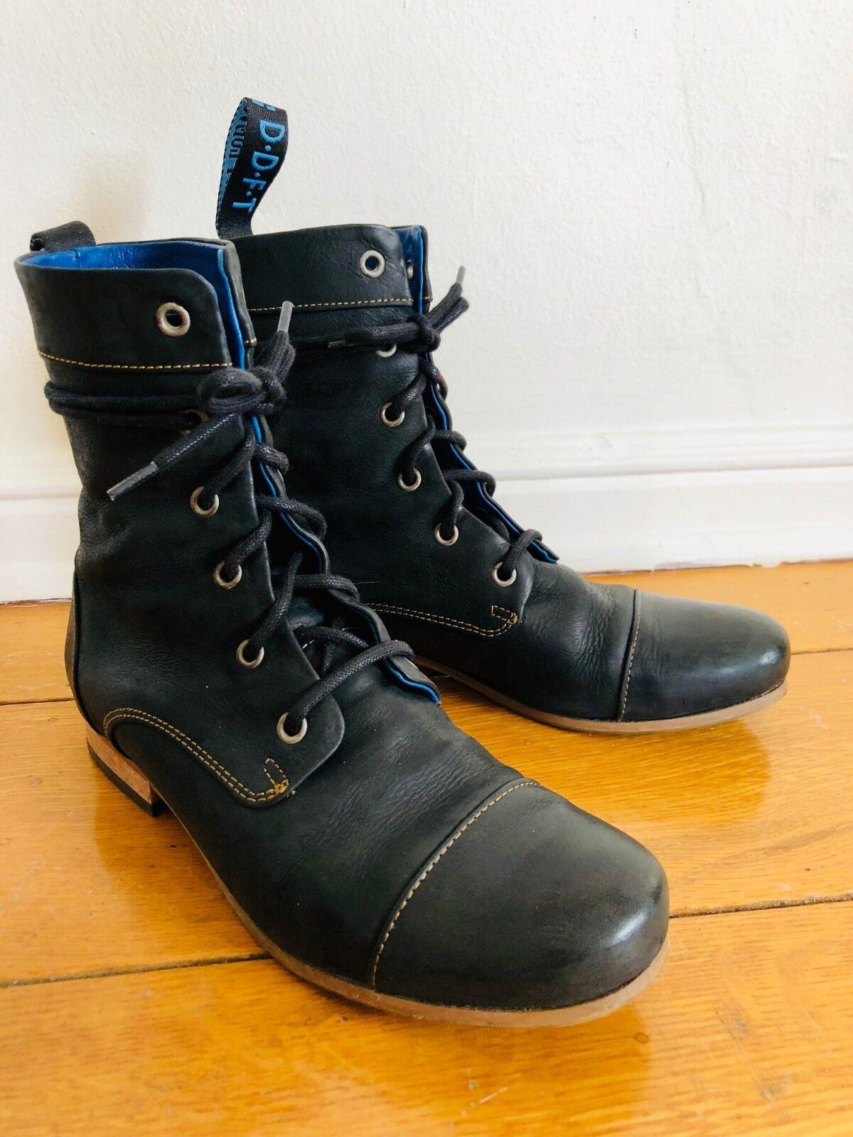 Man/Woman JohnFluevog Comfortable BBC size 7 black boot online sale Comfortable JohnFluevog touch classic style 00d7cc