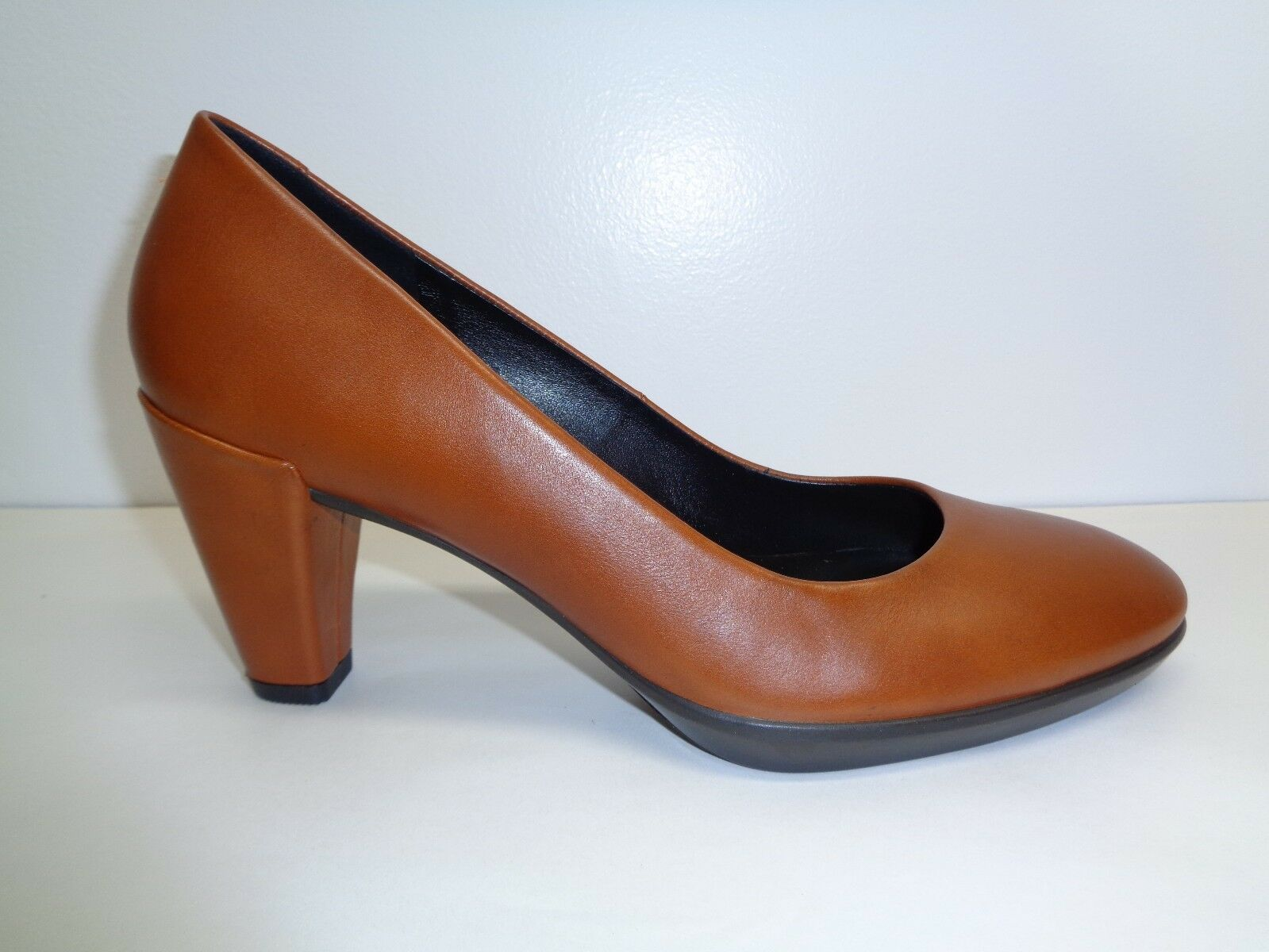 Ecco Size 6 to 6.5 Eur 37 SHAPE 55 Brown Pelle Heels Pumps New Donna Shoes