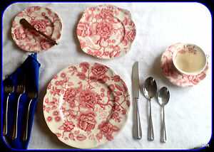 Johnson-Brothers-Vintage-Pink-Red-English-Chippendale-5-pc-Dinner-Place-Setting