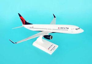 SkyMarks-Delta-Air-Lines-Boeing-737-800-SKR442-1-130-REG-N3744F-New