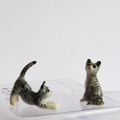 Doll House Shoppe 2 Cat Kitten Figurines #1a Porcelain Miniature gemjane.