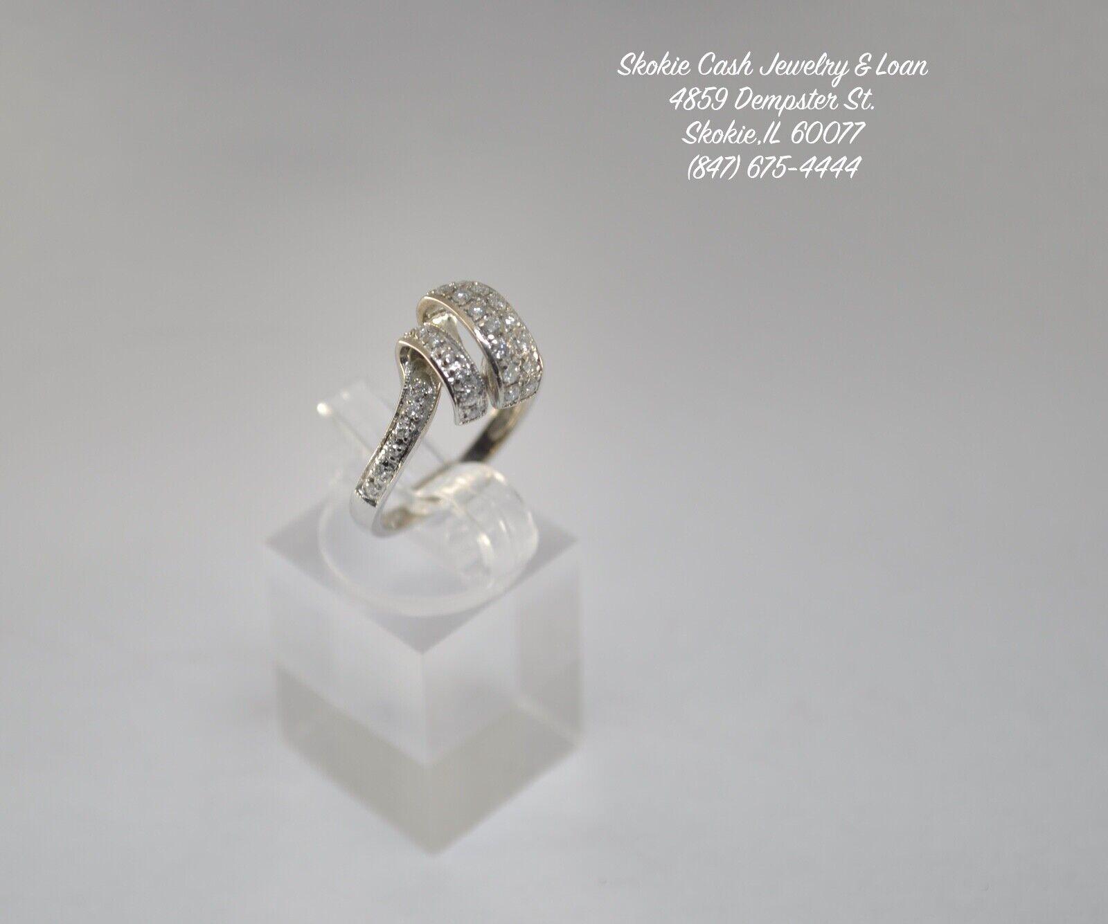 14kt White gold Diamond Knot Ring (TCW  0.50)